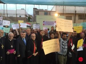 Automne 2015: les chrétiens manifestent contre la loi dite de « l'islamisation des enfants ».