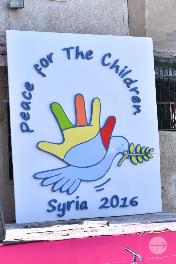 "Festivities in Damascus (provinceTouma), 05 October 2016 Peace for the children in Syria 2016 at the Greek-Melkite Patriarchate. In addition, Syrian schoolchildren – also including many Muslims – are writing messages to the global community on white balloons. These include such messages as ""We want peace!"", ""Give us our childhood!"", ""We don't want any more war!"" and ""We want to go to school!"" These days, children at more than 2000 schools all over Syria are drawing and writing messages to the political decision makers of the European Union and United Nations under the motto ""Peace for Children"". More than one million children are also signing a petition. This appeal for peace is a joint campaign being carried out by Catholic and Orthodox Christians in Syria, and members of all religious communities have been invited to take part."